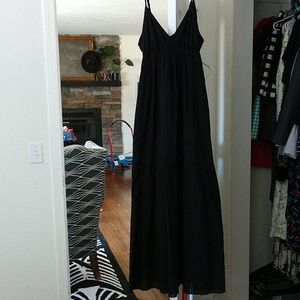 GAP black maxi dress ruffles pockets sz S
